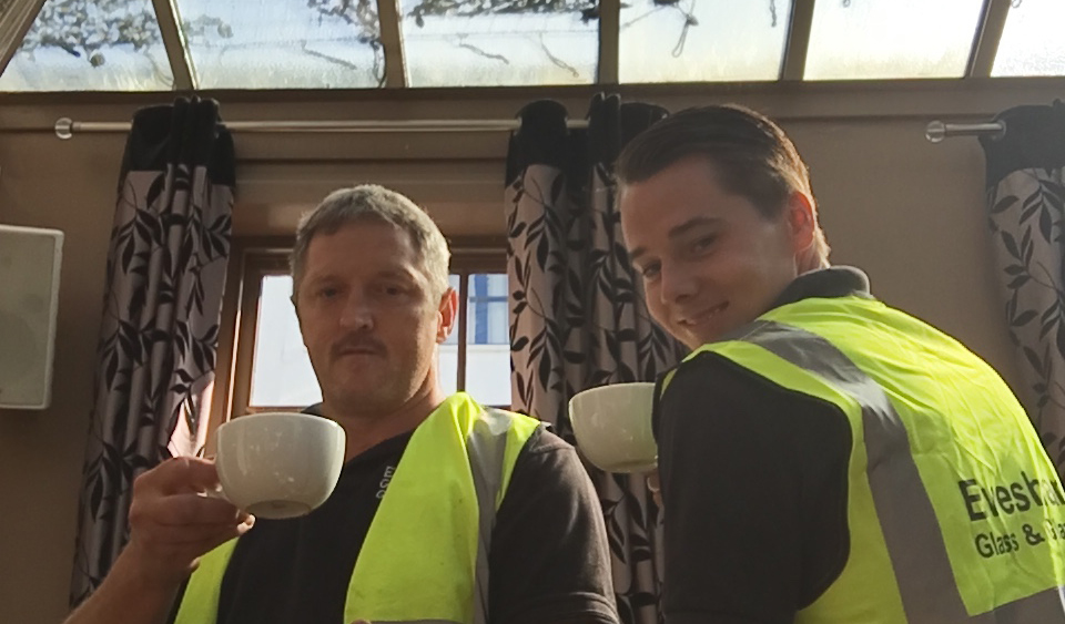 Wayne Lanny senior fitter (Left) Dane Moss owner (Right) enjoying a cup of tea