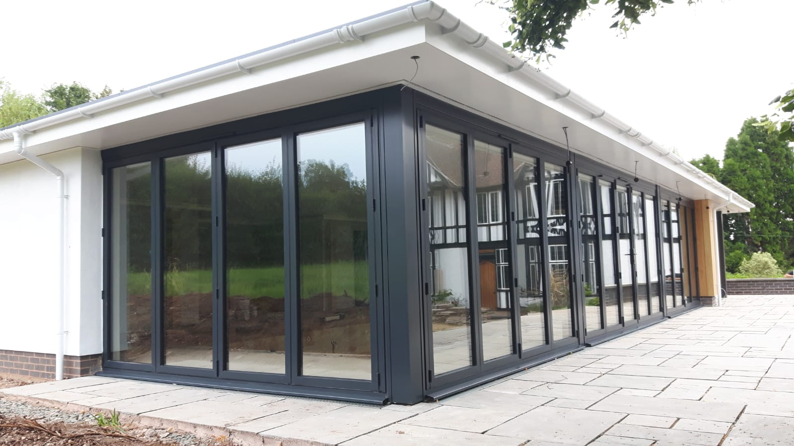 aluminium bi-folding doors in Anthracite grey