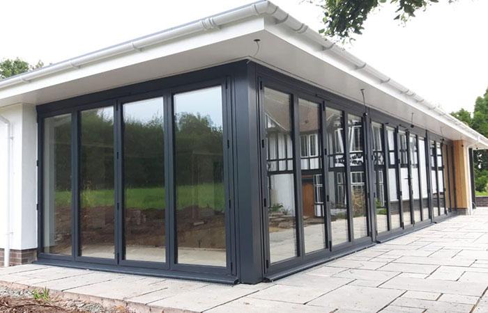 Aluminium-bifolding-doors